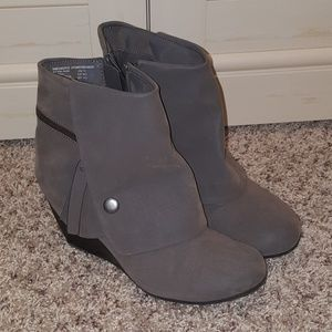 Shoes - Grey Synthetic Suede Wedge  Ankle Boots 7.5